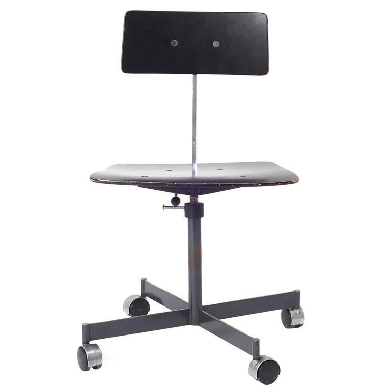 Kevi Armless Fully Adjustable Desk Chair For Sale At 1stdibs