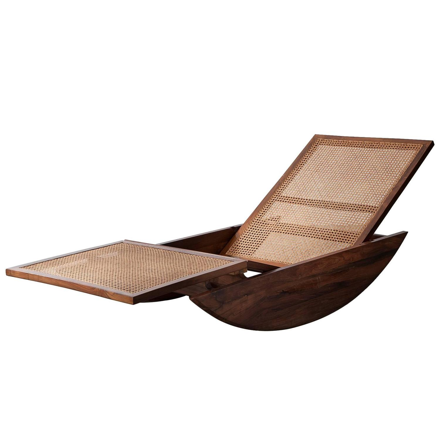 Rocking chaise longue with cane seat by joaquin tenreiro for Cane chaise longue