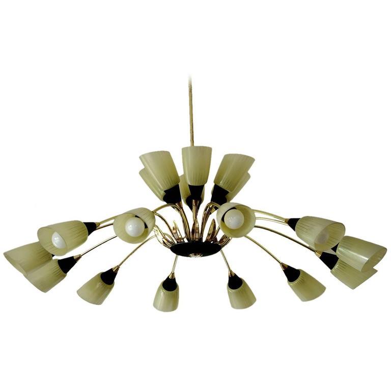 Italian Eighteen-Arm Stilnovo Style Midcentury Sputnik Chandelier, 1950s