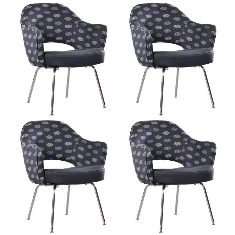 this eero saarinen executive armchairs for knoll is no longer