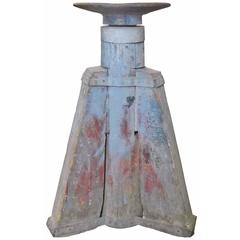 Industrial Tripod-Mounted Round Anvil