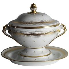Large Tureen with under Plate, 1800-1820