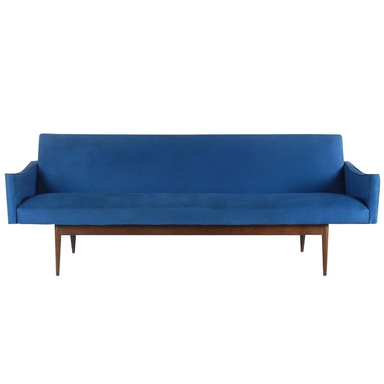 Mid-Century Italian Modern Sofa after Ico Parisi or Gio Ponti