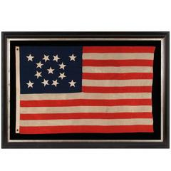 13 mit Hand Aufgenähte Sterne auf einer Wunderschönen kleinen Flagge