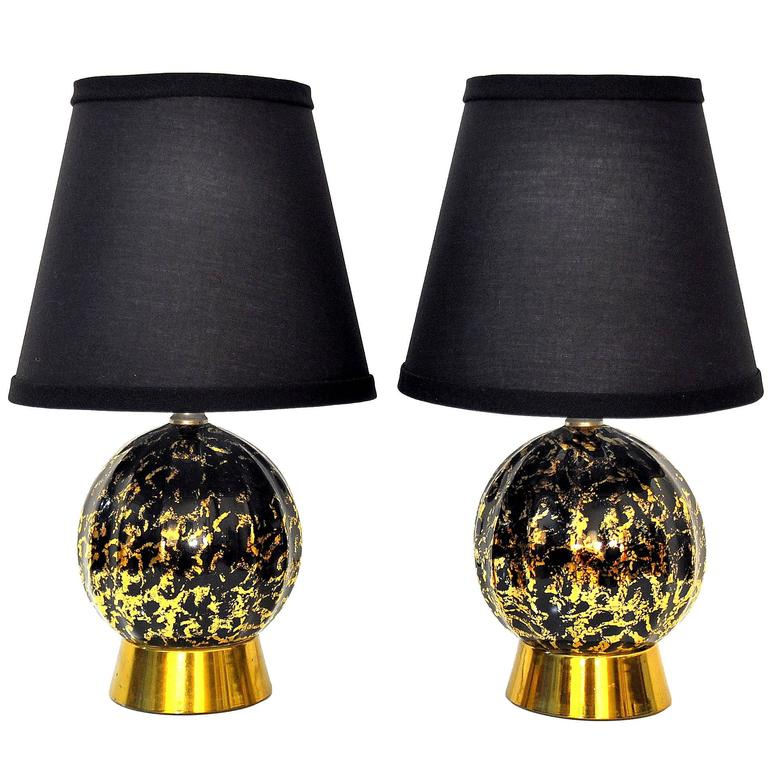 pair of hollywood regency black and gold table lamps at. Black Bedroom Furniture Sets. Home Design Ideas