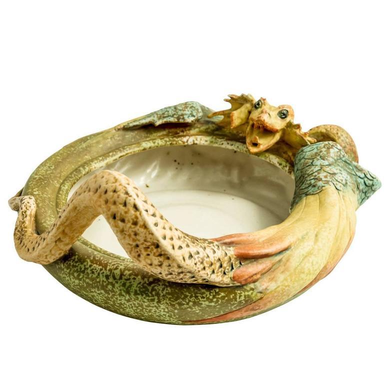 Riessner, Stellmacher & Kessel Amphora Turn-Teplitz Bowl with Dragon, 1899-1900