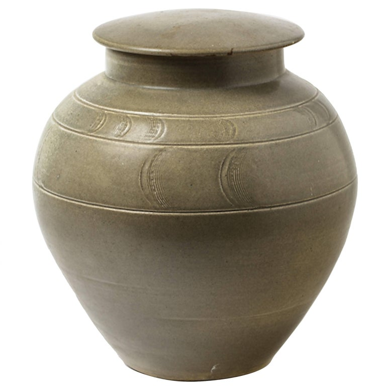 green ceramic Stoneware Pot by Antoine de Vinck, circa 1980 For Sale