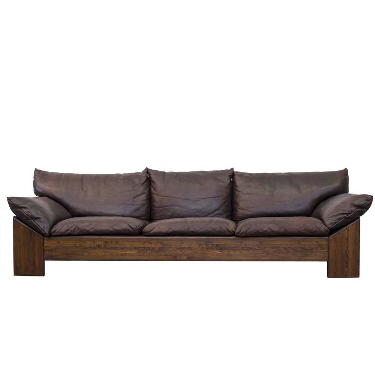 leolux three seat buffalo leather sofa at 1stdibs. Black Bedroom Furniture Sets. Home Design Ideas