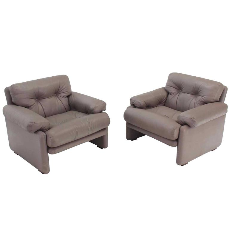 Pair Of Leather B B Italia Leather Lounge Chairs For Sale