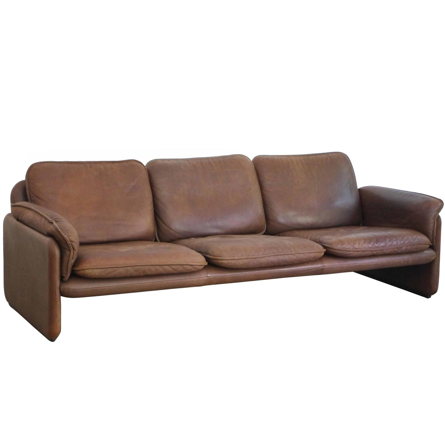 ds 61 leather sofa by de sede at 1stdibs. Black Bedroom Furniture Sets. Home Design Ideas