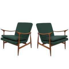 Pair of Armchairs in the Manner of Jorge Zalszupin