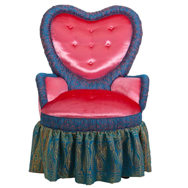 Victorian Heart Chair in Iridescent Pink Velvet and Syrian Damascus Silk For Sale