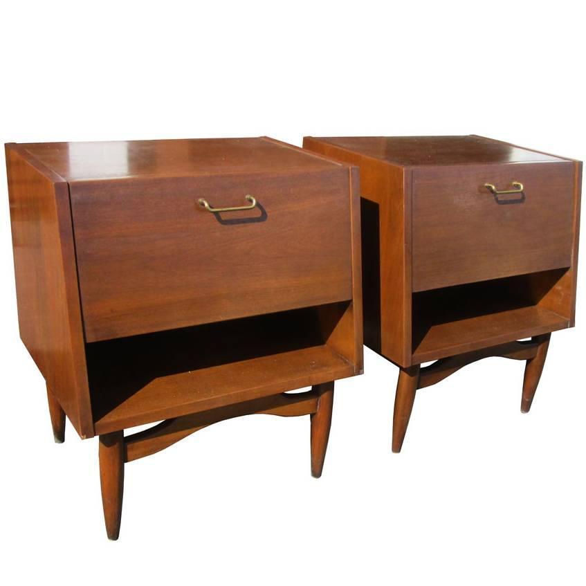 Vintage mid century american of martinsville nightstand for Vintage american martinsville bedroom furniture