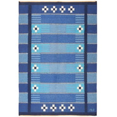 Blue Vintage Swedish Kilim Rug. Size: 4 ft 6 in x 6 ft 9 in (1.37 m x 2.06 m)