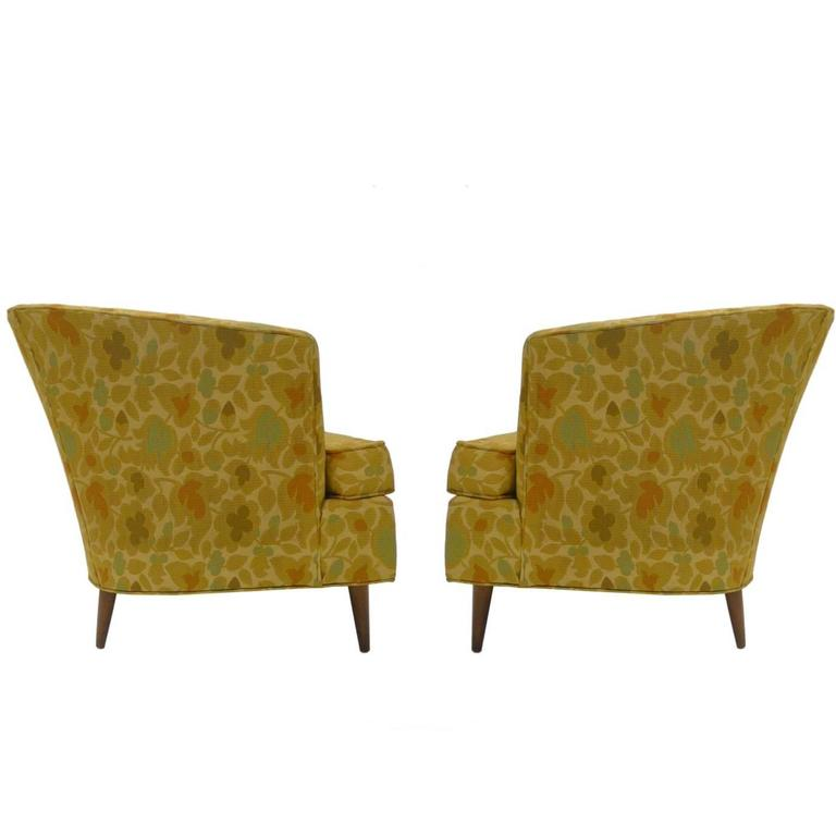 Sleek Wide Seated Mid-Century Modern Bucket Lounge Chairs For Sale  sc 1 st  1stDibs & Sleek Wide Seated Mid-Century Modern Bucket Lounge Chairs at 1stdibs
