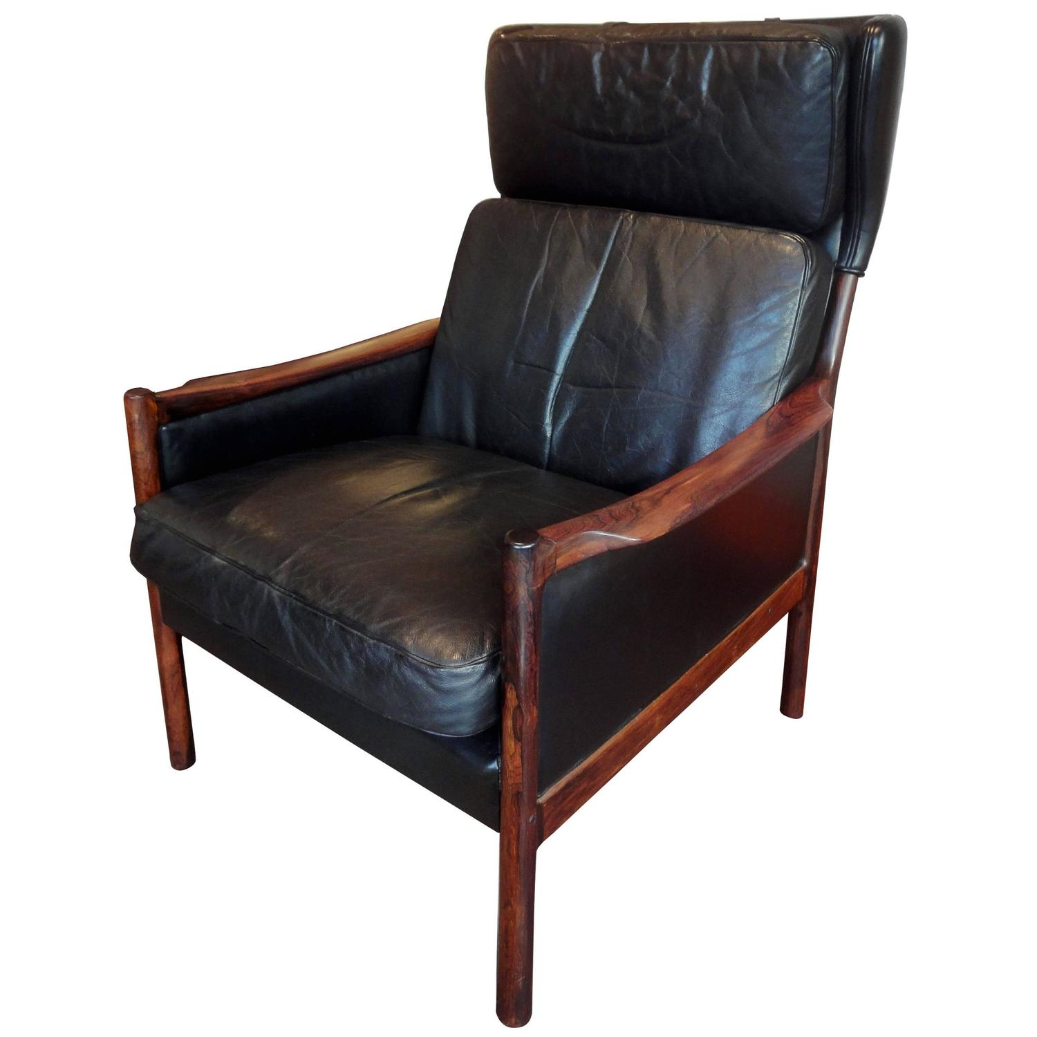 wingback leather armchair for sale at 1stdibs. Black Bedroom Furniture Sets. Home Design Ideas