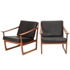 Pair of Peter Hvidt & Orla Mølgaard Nielsen Lounge Chairs Horse Leather and Teak
