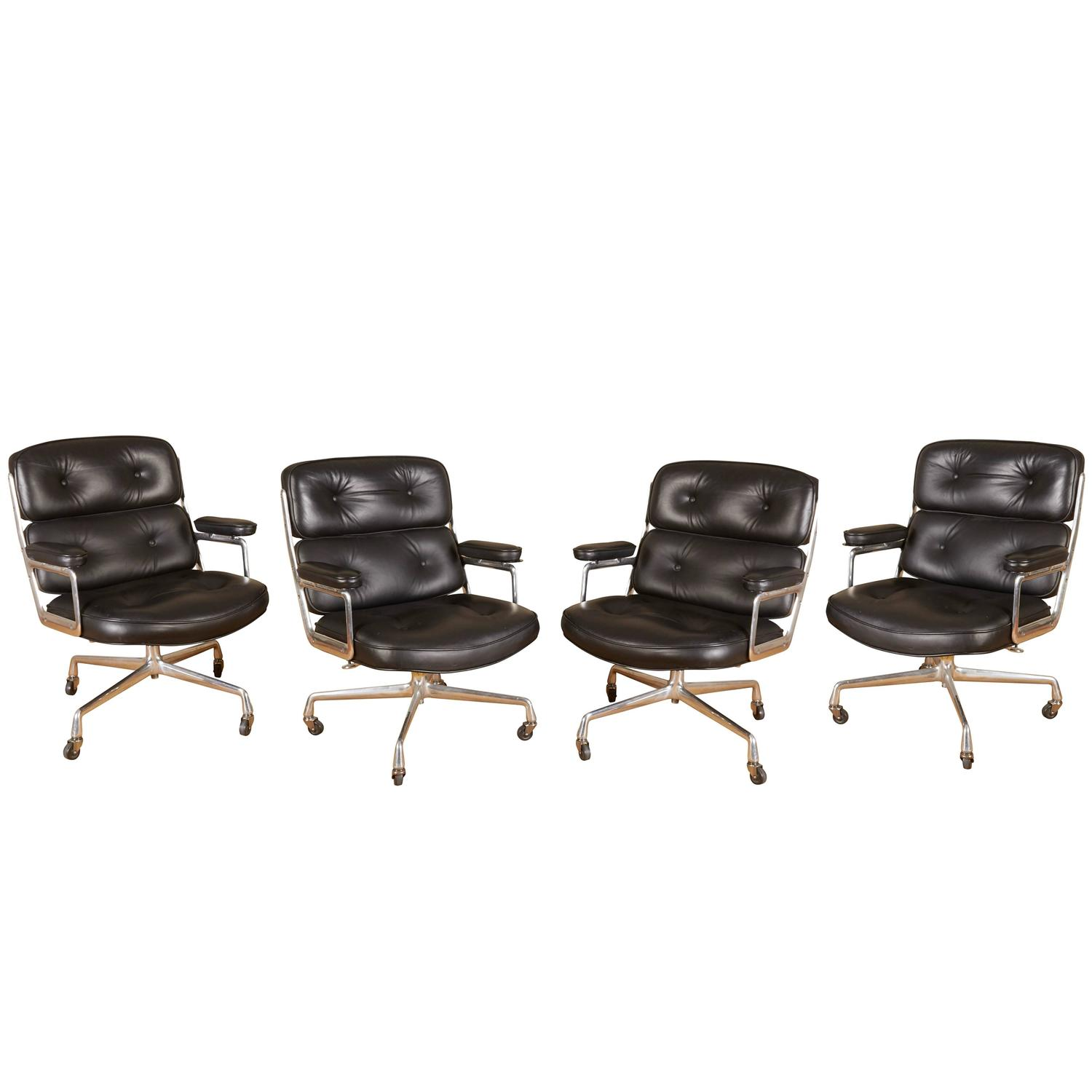 Herman miller task chair - Set Of Four Eames Time Life Executive Chairs For Herman Miller