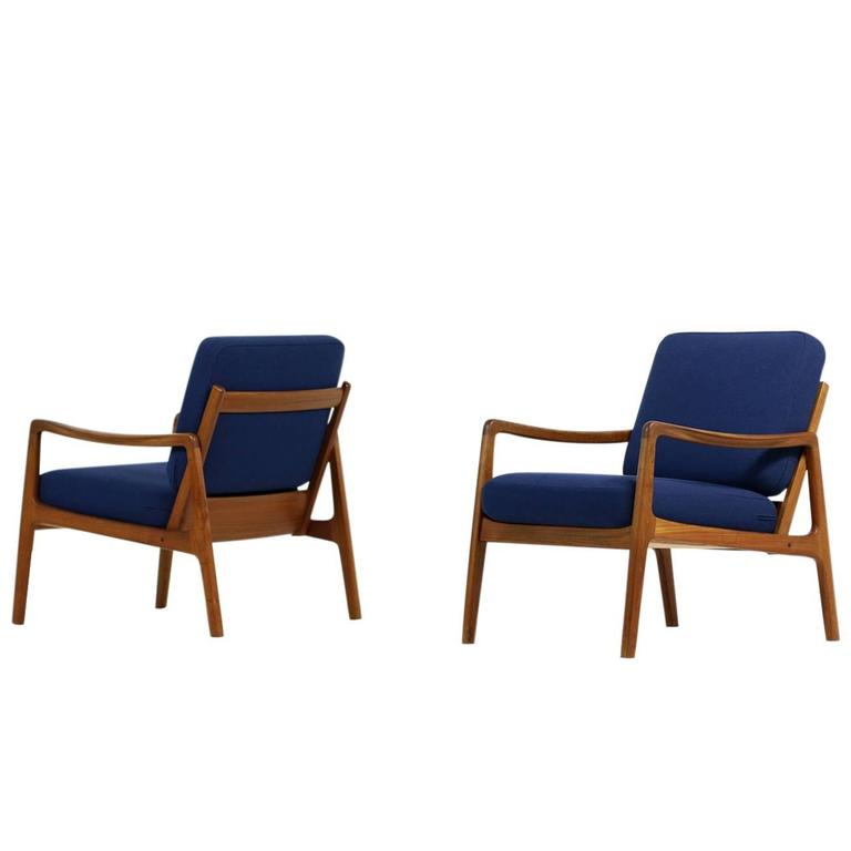 Pair of 1960s Ole Wanscher Mod. 109 Teak Easy Lounge Chairs Danish Modern
