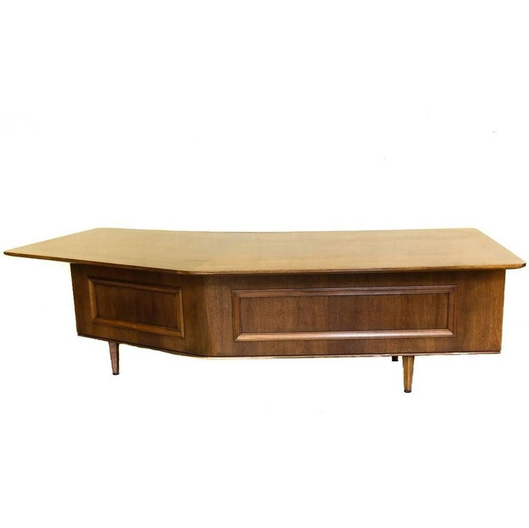 Signature Line Executive Boomerang Desk by Monteverdi-Young  For Sale