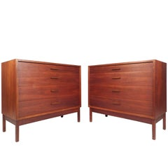 Pair of Mid-Century Modern Chest of Drawers in the Style of Jens Risom