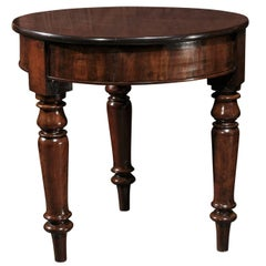 Mid 19th century English Mahogany Round Table Raised on Three Turned Legs