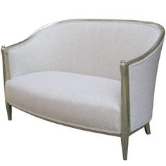 Fine Art Deco Setee with Fluted Front Legs