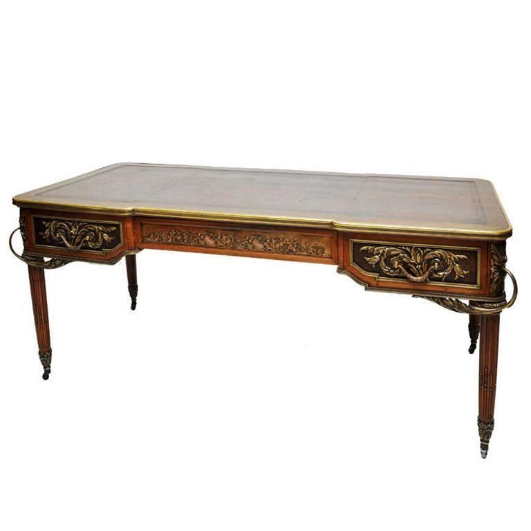 19th century french louis xvi style bureau plat desk for sale at 1stdibs. Black Bedroom Furniture Sets. Home Design Ideas
