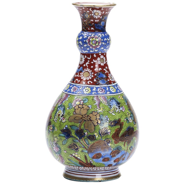 Chinese Kangxi Painted Vase 16th 17th Century For Sale At 1stdibs