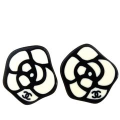 Graphic Pair of 1980s Chanel Lucite Earrings