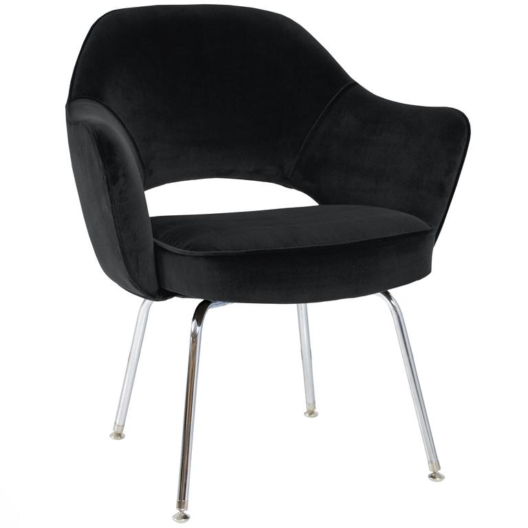 saarinen for knoll executive arm chairs in black velvet for sale at