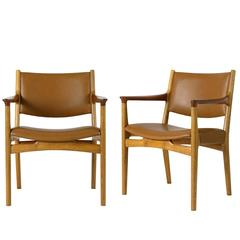 Pair of Hans Wegner Jh-525 Armchairs