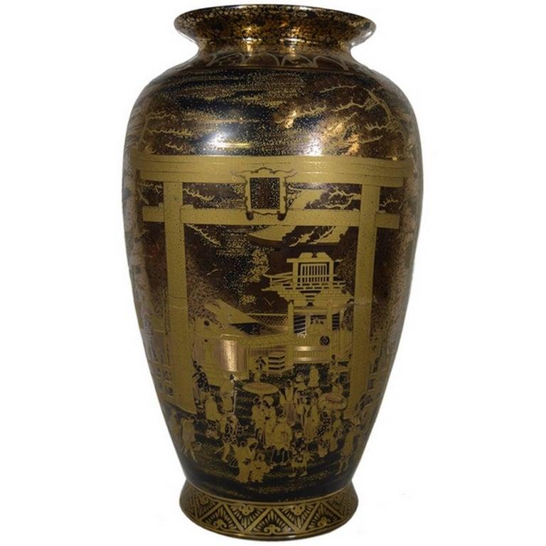 Vintage Chinese Hand-Painted Black Gilt Porcelain Vase with Palace Scenes, 1980s