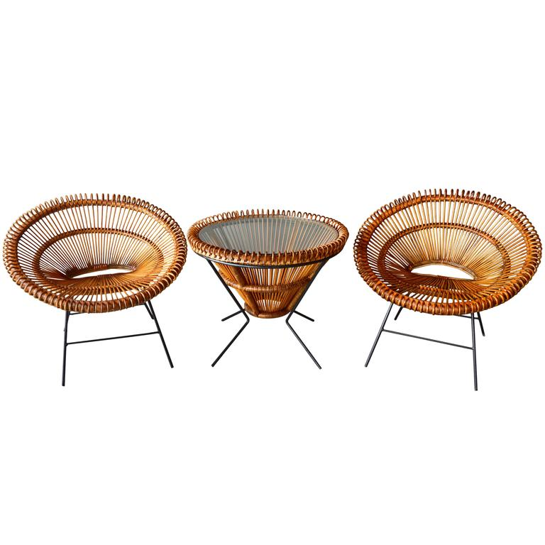 Pair of Rattan Scoop Chairs and Side Table in the Style of Franco Albini For Sale