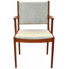 Danish Modern Chair D-Scan