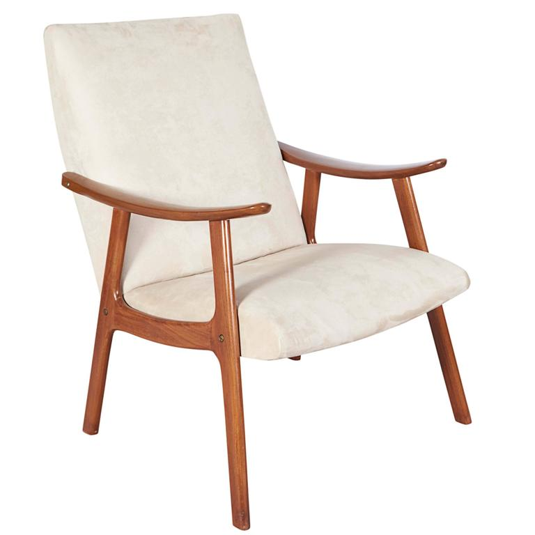 Danish Scandinavian Modern Lounge Chair