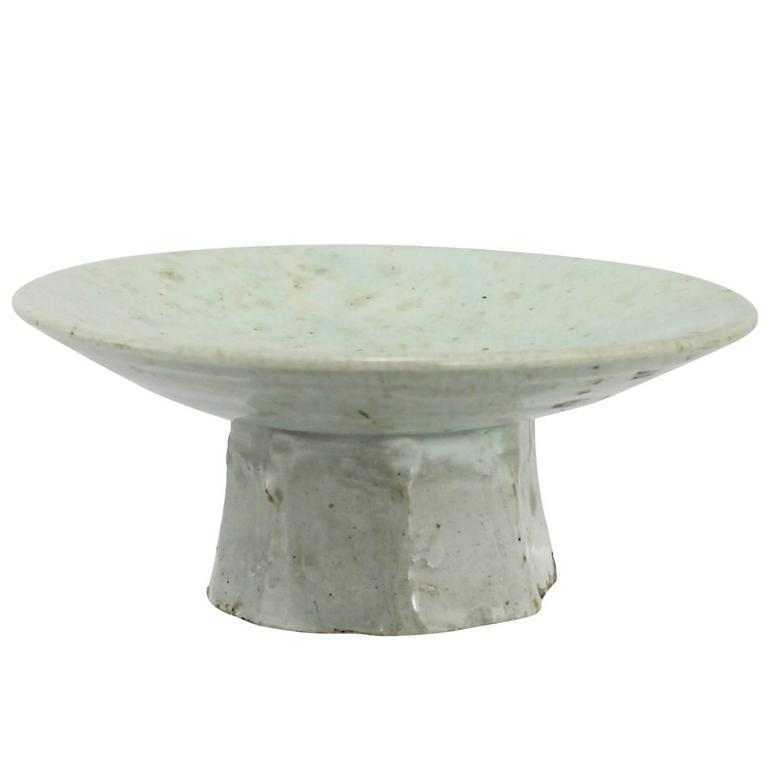 Korean Joseon Dynasty Octagonal Footed Dish 1