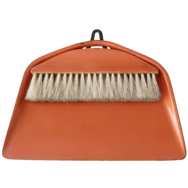 Bauhaus/Marianne Brandt Modernist Crumb Brush and Tray, circa 1929 For Sale