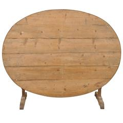 French 19th Century Lovely Rustic Wine Tasting Table with Tilt-Top and Patina