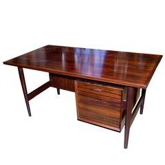 Danish Modern Desk in Rosewood by Arne Vodder for Sibast Furniture