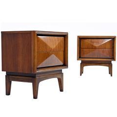 Vintage Pair of United Furniture Nightstands, 1960s