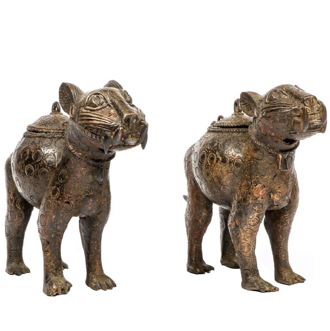 Pair of decorative benin bronze leopard statues from nigeria