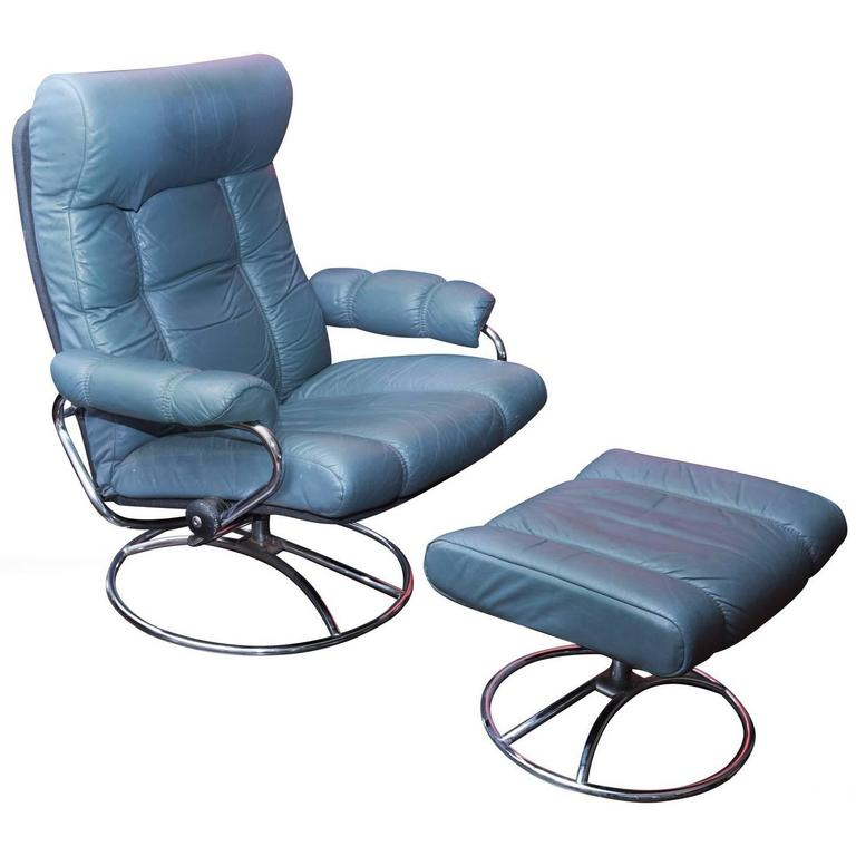 vintage leather stress less recliner by ekornes at 1stdibs. Black Bedroom Furniture Sets. Home Design Ideas