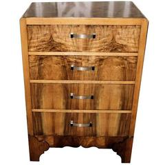 English, 1930s, Art Deco Chest of Four Drawers in Figured Walnut