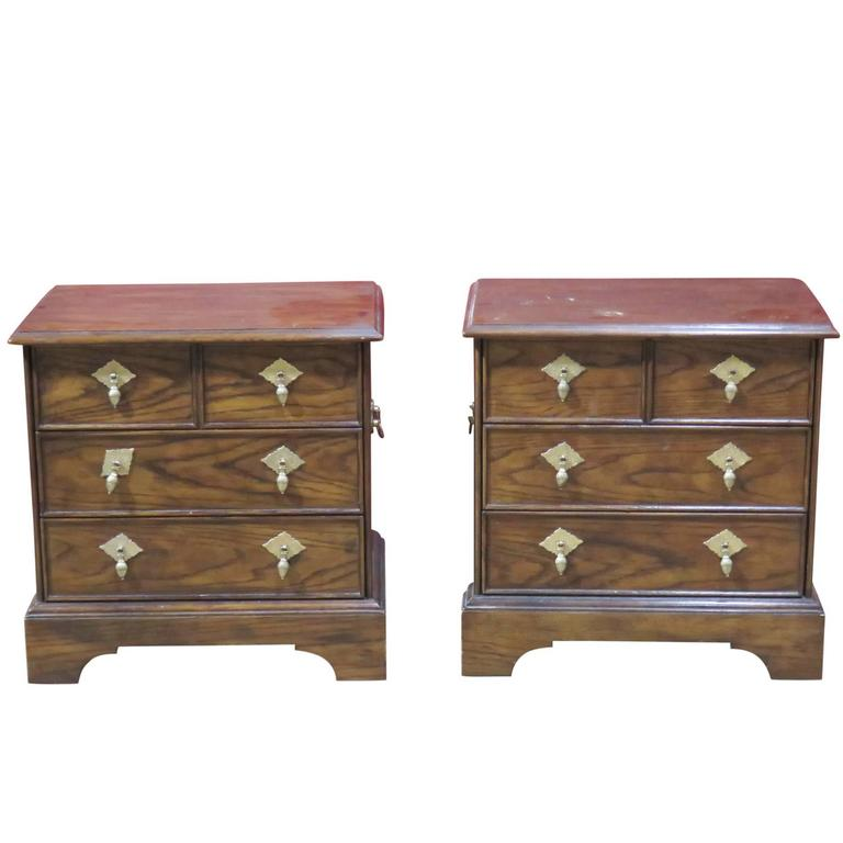 Pair Of Henredon Heritage Walnut Nightstands For Sale At 1stdibs