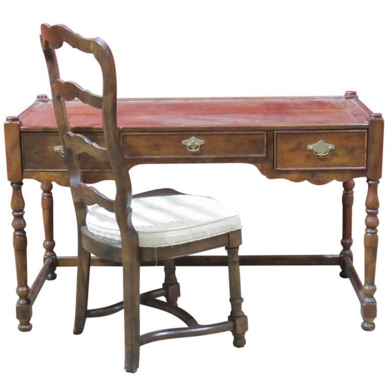Henredon Heritage Walnut Desk And Chair For Sale At 1stdibs