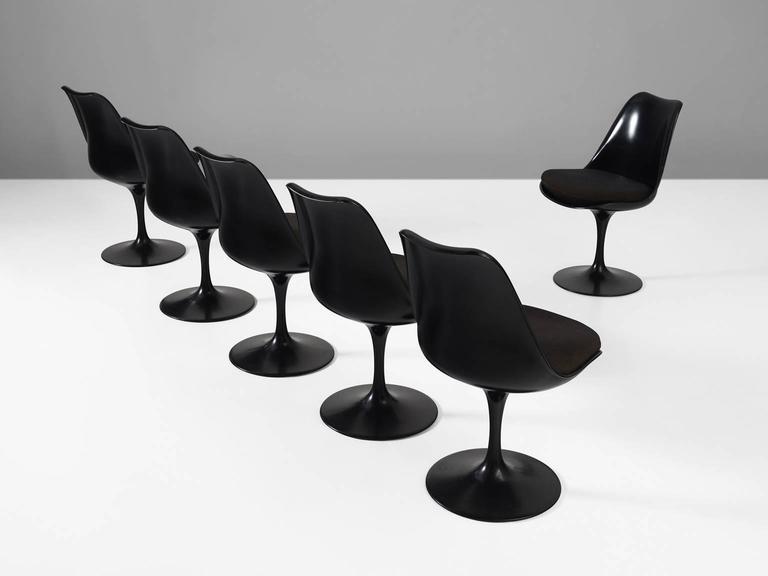 Mid-Century Modern Eero Saarinen Set of Six Swivel Chairs for Knoll International