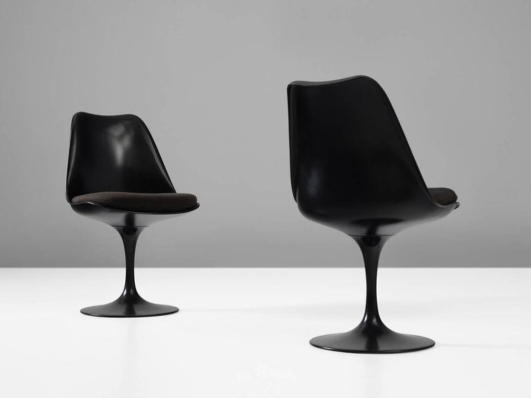 American Eero Saarinen Set of Six Swivel Chairs for Knoll International