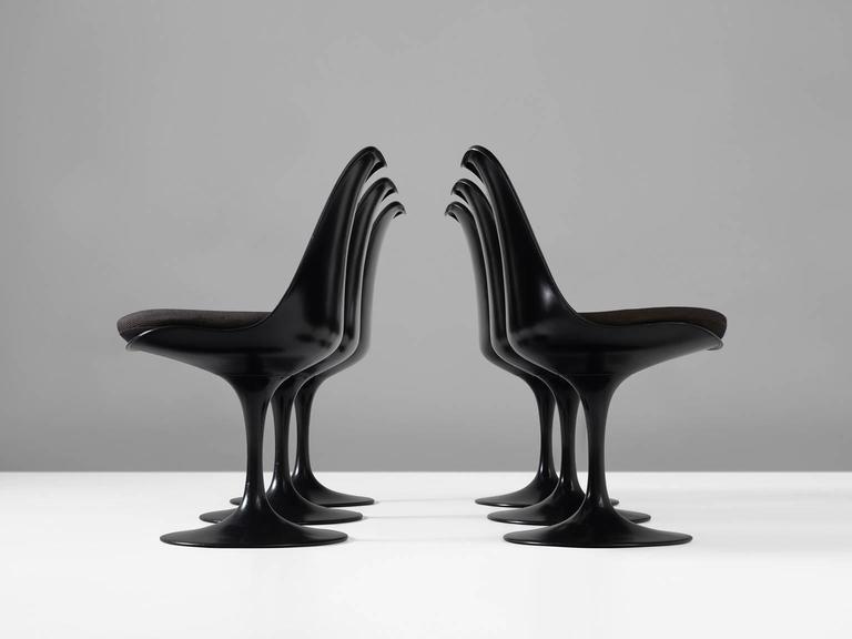 Eero Saarinen Set of Six Swivel Chairs for Knoll International In Excellent Condition In Waalwijk, NL