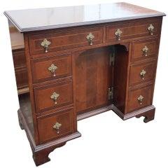 Queen Anne Style Keehole Desk